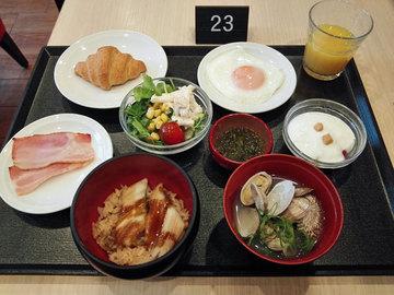 ドーミー朝食.jpg
